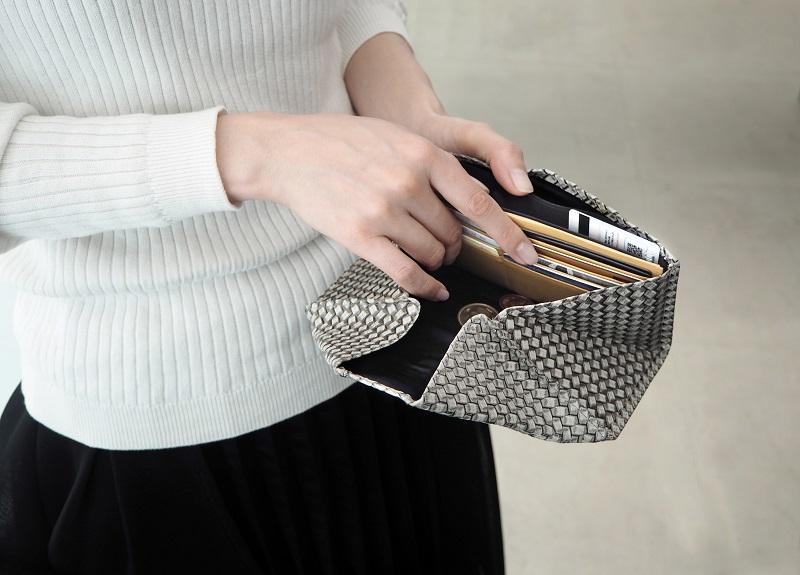 長財布の使い方
