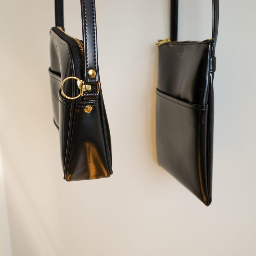 "CLASKA Gallery&Shop ""DO"" (クラスカ ギャラリー アンド ショップ ドー) │ BANKポシェットのマチ幅比較"