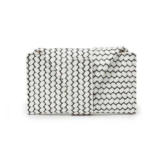 財布選びのヒント -vol.4 コンパクトなマルチ財布-