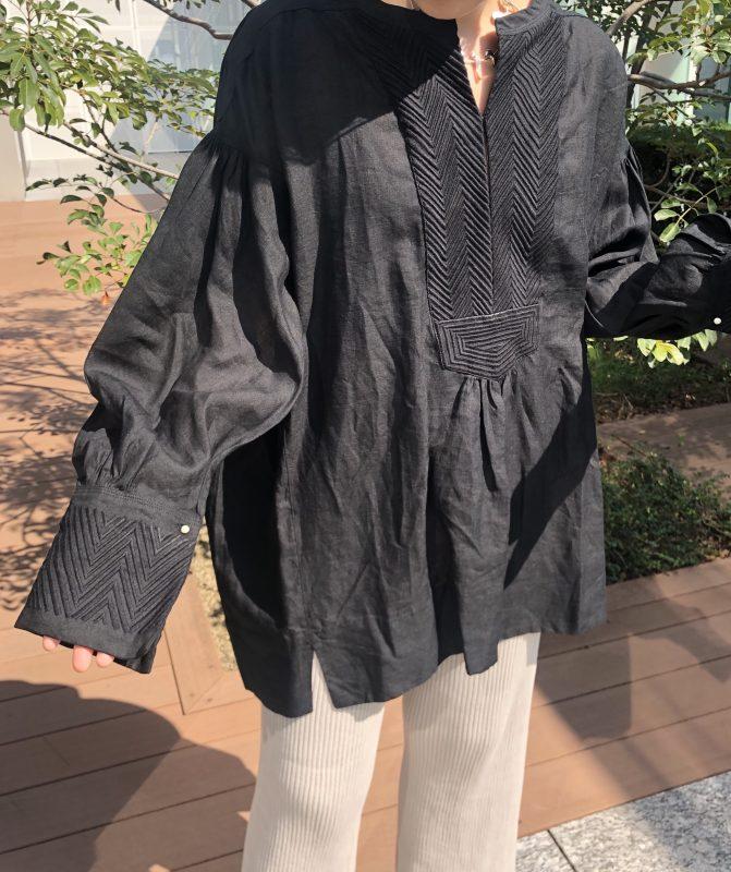 chaos ブラック リネン刺繍ブラウス ¥28,000+税