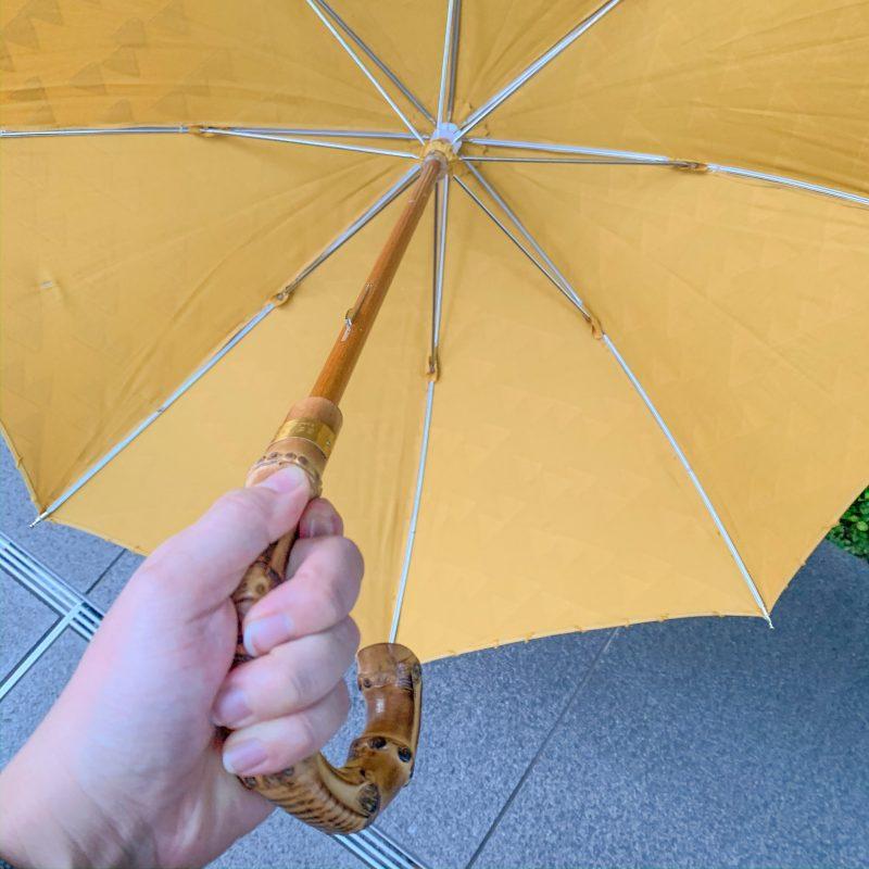 RESTFOLK レストフォーク 晴雨兼用傘 ジャガードブラケットラインは中棒に樫を使用しており丈夫