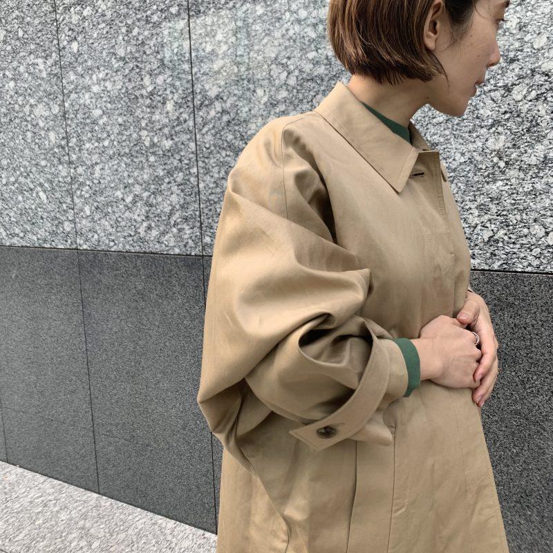 SACRA RAMIE COTTON TWILL ドロップショルダートレンチコート ¥59,000+税