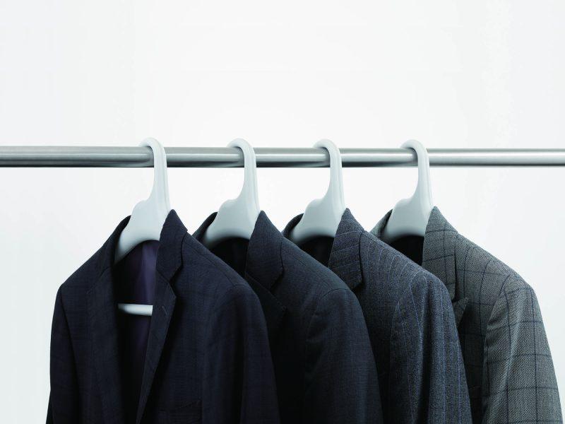 like-it 滑り止めがついた衣類ハンガー ジャケットやスーツを掛ける