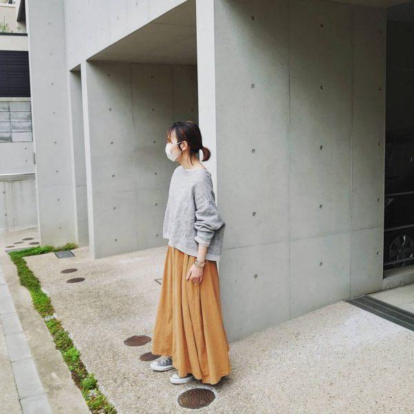 初夏のやせ見えコーディネートスナップ:スタイリスト玄長なおこさんが人気のコラボアイテムを着てみました!