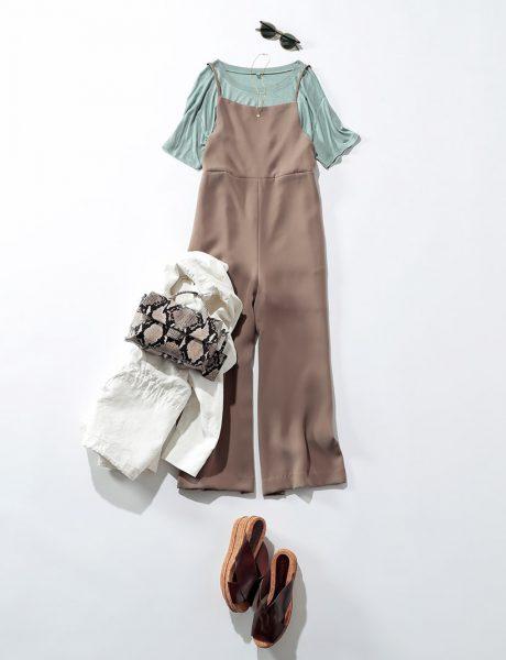 夏の休日スタイルは、バンブー素材のTシャツで抜け感を