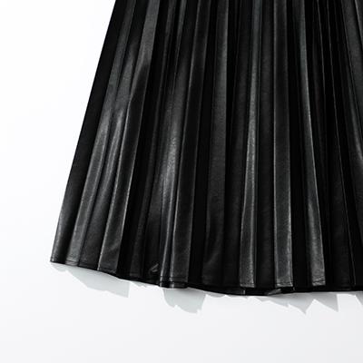 suadeo サスティナブルレザープリーツスカート イメージ2