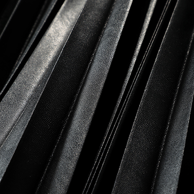 suadeo サスティナブルレザープリーツスカート イメージ3