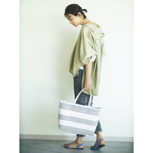LEEマルシェおススメ!モデル五明裕子さん愛用のメルカドバッグ