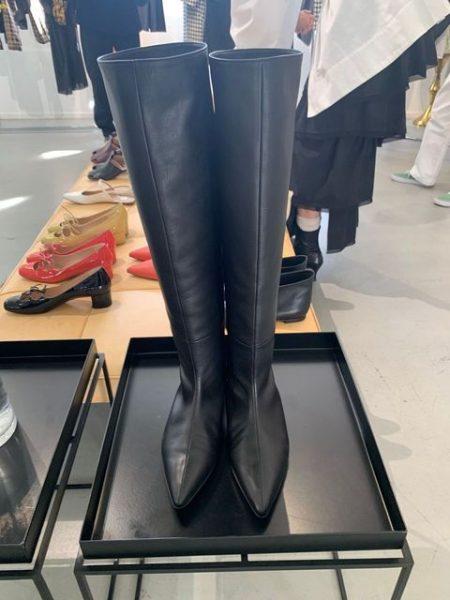 ELIN ポインテッドトゥロングブーツ ¥75,000+税