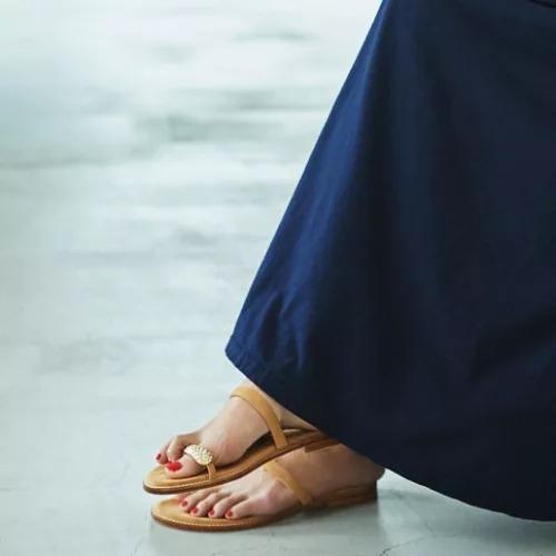 il SandaloofCapri(イル サンダロ オブ カプリ)/親指ビジューサンダル(ステッチソール)/¥28,000+税