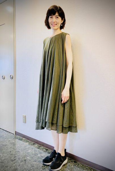 気持ちを変えてくれる軽やかなドレス 小島慶子