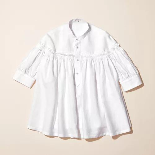 Scye/リネン高密度半袖タックシャツ/¥34,000+税