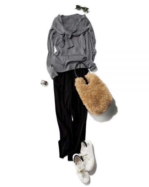 Ⓓ タックテーパードパンツ OTHER COORDINATE/汎用性が高いブラックはマストバイの一着