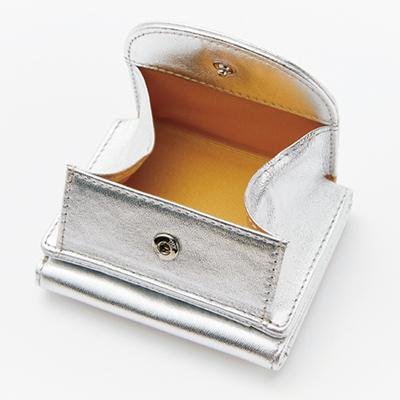 「point 1」B5きらきらポーチ付き 三つ折り財布/12closet