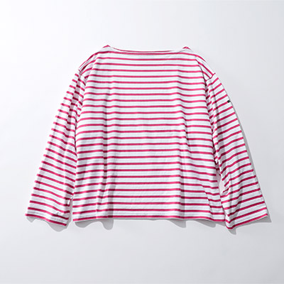 OUTIL TRICOT AAST¥18,000+税