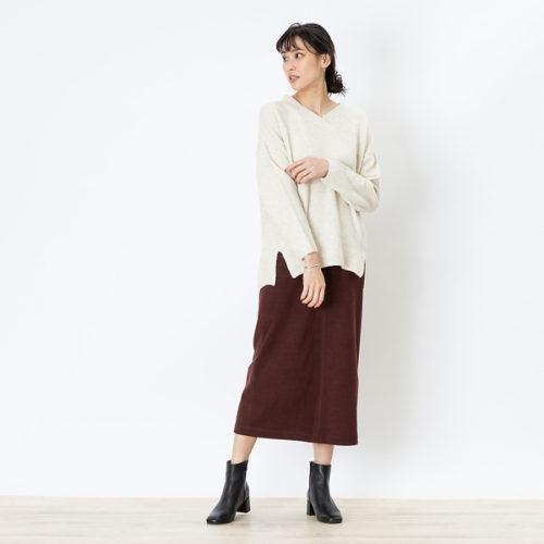 abahouse mavie/ecru ふわストレッチVネックプルオーバー/¥6,500+税