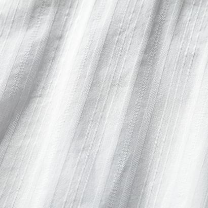 suadeoの着映えバックリボンブラウスで春の甘辛コーデ