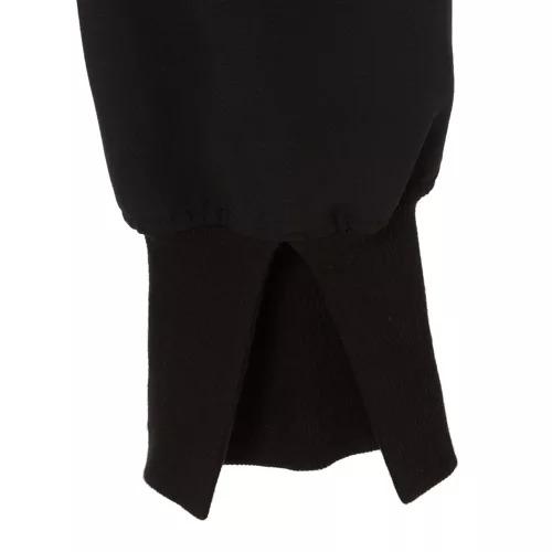 Col Pierrot×éclatとろみスリットリブパンツ¥39,600(税込)裾リブ部分アップ