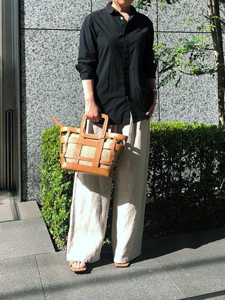 宮崎桃代×Drawing Numbersボーイズテイストシャツ ブラック¥27,500(税込)
