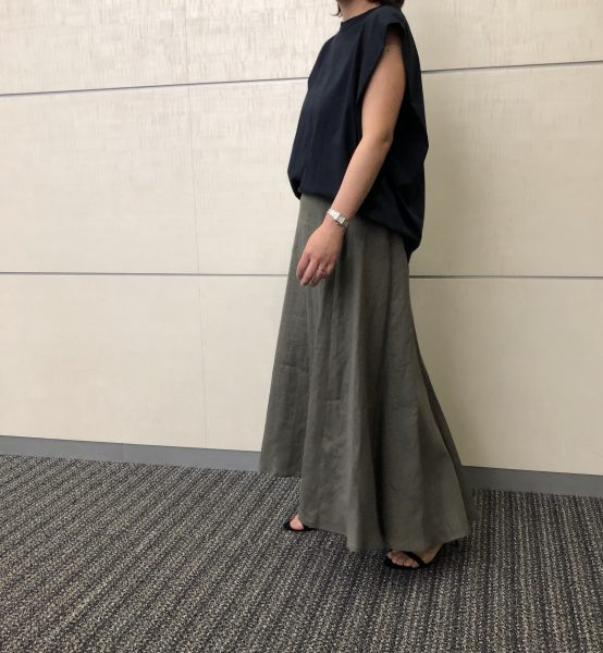 E by eclatリネンマキシスカート/カーキグレー/ 38サイズ/¥18,700