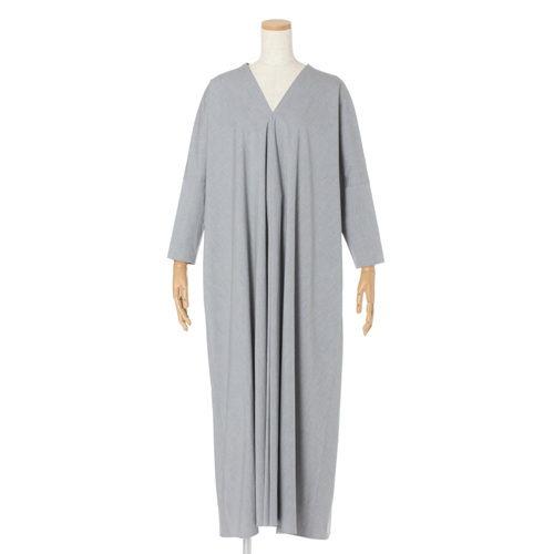 ATONドレープドレス¥75,900(税込)