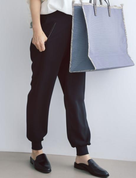 12closet 【洗える】裾リブとろみパンツ ¥13200  鈴木さんパンツUP